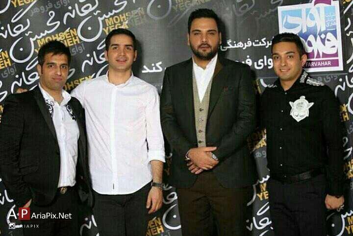 احسان علیخانی در کنسرت محسن یگانه