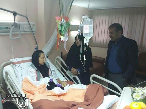 کیمیا علیزاده در بیمارستان