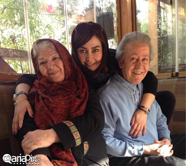 عکس آنا نعمتی و پدر و مادرش ,آناهیتا نعمتی بازیگر زن در کنار مادر و پدرش