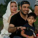 محسن چاوشی و همسرش و پسرشان در حال موتور سواری + عکس