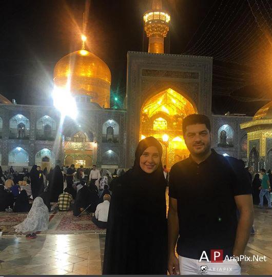 سام درخشانی و همسرش در حرم امام رضا مشهد