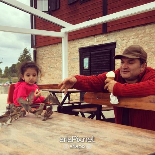 مهدی سلطانی و دخترش روژا