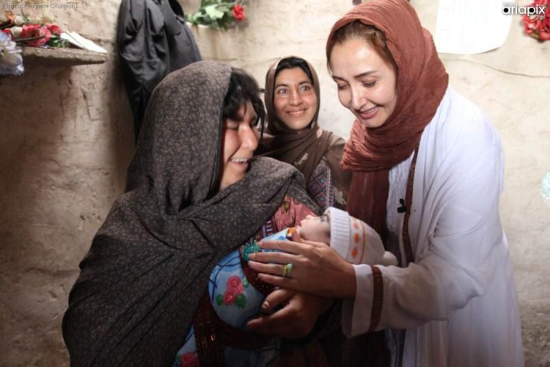 عکسهای کتایون ریاحی سفیر مهرافرین در زادهدان