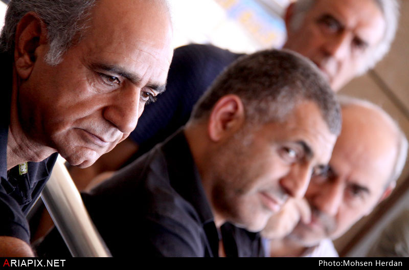 جمع آوری کمک بازیگران به زلزله زدگان اذربایجان در سینما آزادی