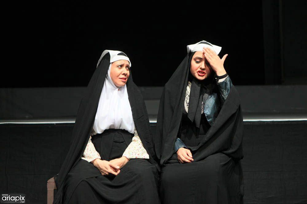 نرگس محمدی در نمایش تئاتر