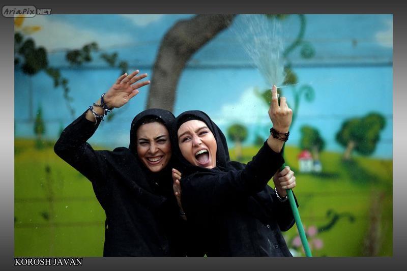 حدیثه تهرانی و سحر قریشی 90