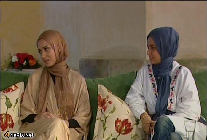 پریناز ایزدیار و شبنم قلی خانی در خوشا شیراز