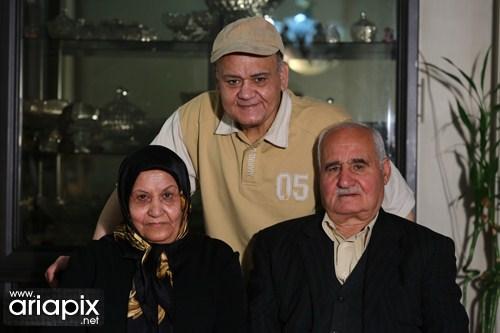 اکبر عبدی و مادرش و پدرش / عکسهای پدر و مادر بازیگران